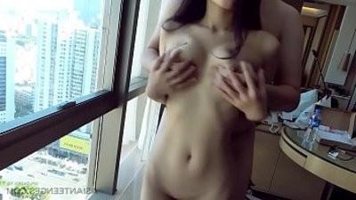 Amateur with petite Chinese slut
