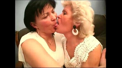 Lezbo and glam granny tice their big titties in wild on this thirties threeway