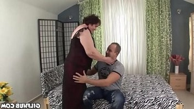 Old granny fucked by youthfull perverted stud