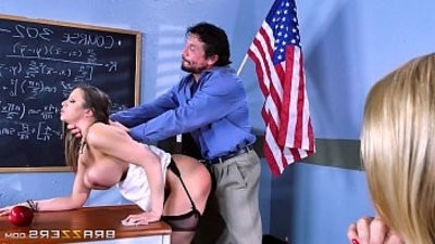 Alexis Brooklyn Big Titranssexual At School
