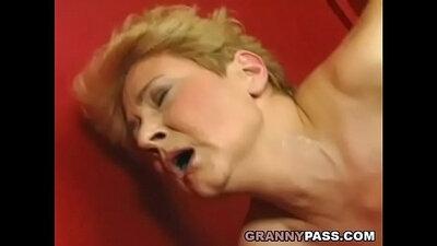 Slutty granny Tonya pawns his cum