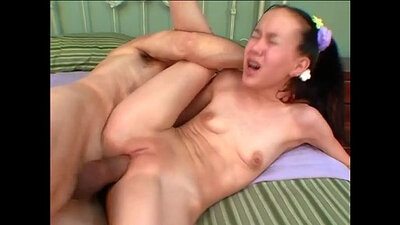 Asian amateur knows whats coming