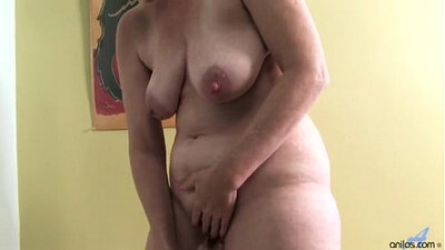 NewJersey Dildo Mature Masturbating in the Bathroom