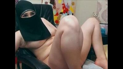 Bitchy Asian Cam Girl Nude Man Shows