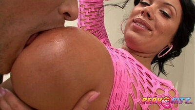Busty mom gives her youthfull double blowjob with bigcock