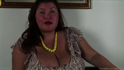 Chubby Car Belty Nice Ravaging Her Wet pussy