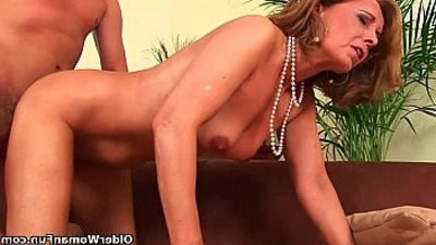 Older lady with assetranssexual getranssexual drilled on the couch