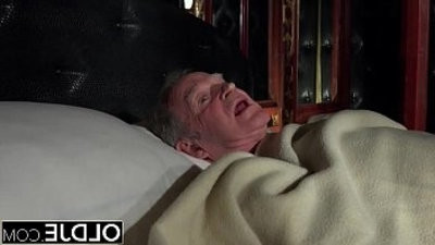 Granddad fucks the hot maid fingers her young pussy and gets fucked deep throat