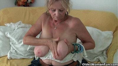 big tits granny - doe pantyhose