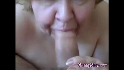 amateur, blowjob in front of a granny