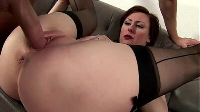 Amateur Mature LOVES Dicking, Makes Her Mouth Cum