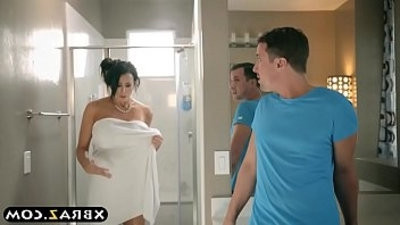 Huge boomanholees stepmom considering a breast crimsonuction