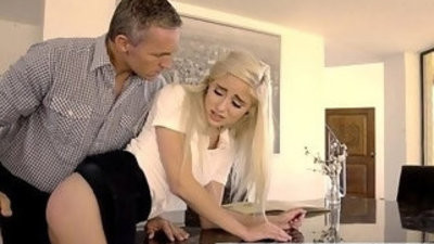 Bad Girl Naomi forest Spanked And Fucked By Daddy