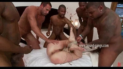 Hot big black ass guy sucking cock