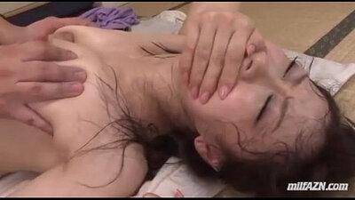 Fresh MILF Cumshot Hairy Pussy Fucked 2016 Emmy Miss Cremeuse