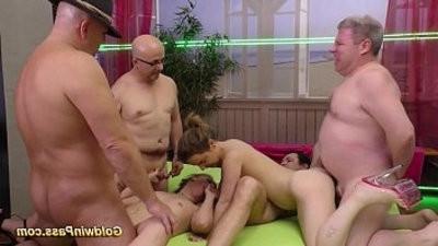 bukkake groupsex fuck orgy
