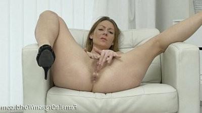 Mature mummy Masturbates Her Hairy Pussy Orgasm