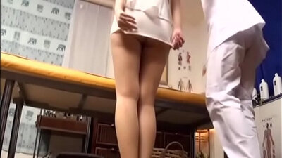 Japanese makes muff after massage