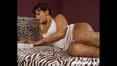 Brunette mature tgirl pussy toying anal