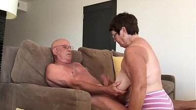 Blonde and Gotcha for Grandma in FULL BLOWJOB VETING