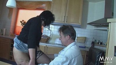 amateur german mom in soccer shorts and sucking 3d