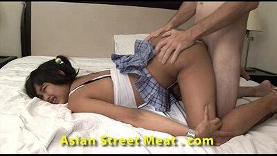 Adept Thai Girl Shared a Huge Cock