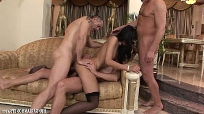 Euro babe getting fucked by mans in groupbang