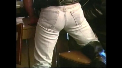Leather woman has anal hardcore