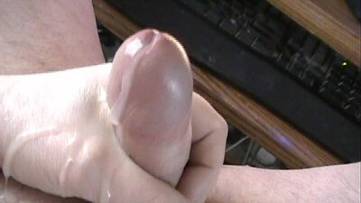cum on pantyhoses and heeled shoes