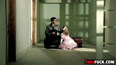 Blonde mums daughter gives blowjob deepthroat step dad