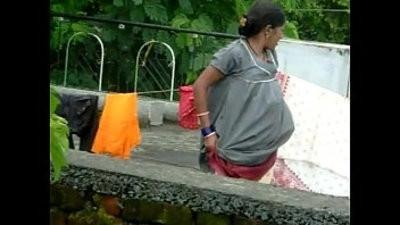 desi aunty cdangleing her panty