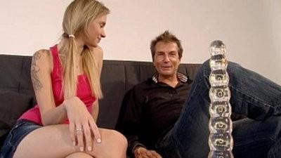 Autsch!! Der fake penis Deal mit Angel