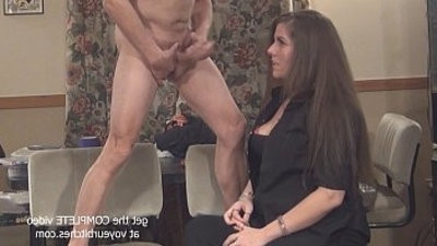 she stuffs his ass
