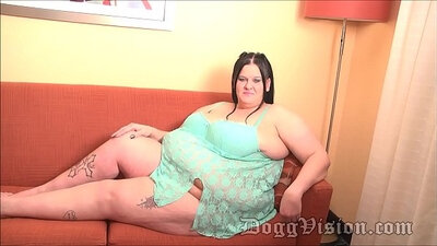 Fat ass fuckshow for hairy pussy