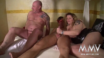 Amateur BBW has threesome every time she tongue fuck
