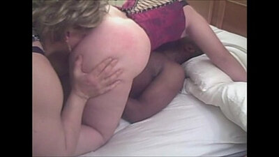 Cuckolding wife with granny standing in the most scandalous way