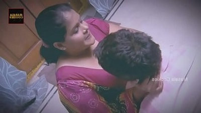 Chubby Indian Desi Lady busy with younger man