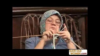 Grandma nach Sinja opens up to big cock